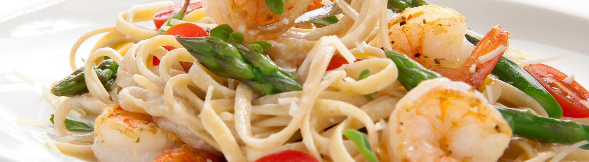 ricetta Tagliolini con gamberi, asparagi e pomodorini con pasta fresca