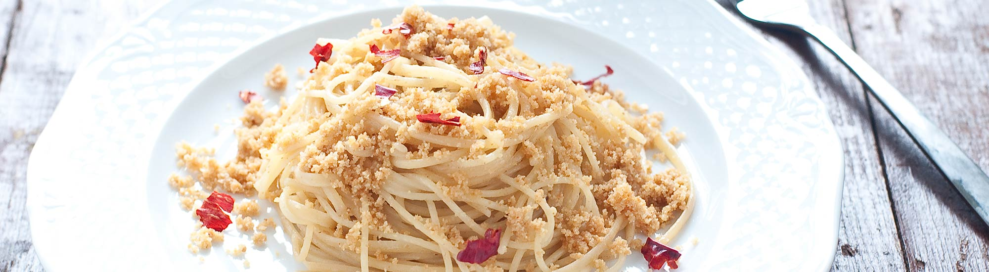 ricetta Tagliolini con acciughe e mollica con pasta fresca