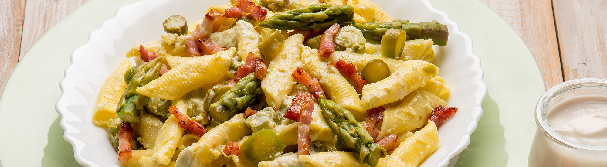 ricetta Garganelli con asparagi, panna e speck con pasta fresca