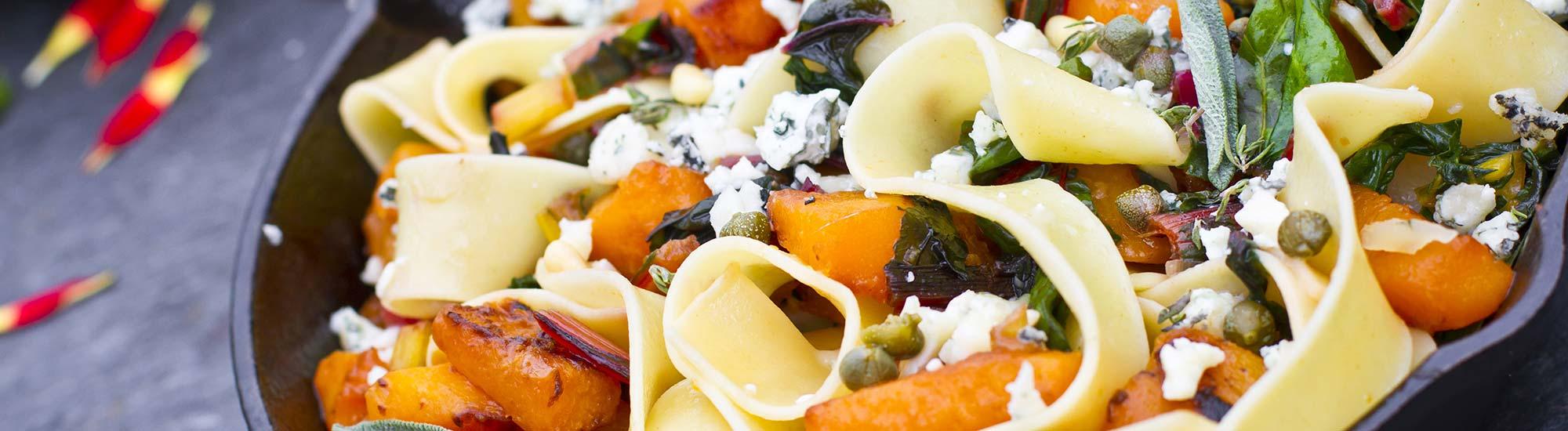 ricetta Pappardelle con zucca arrostita, biete e gorgonzola con pasta fresca