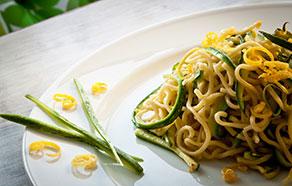 Tagliolini con zucchine e limone