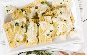 Tortelli di zucca con fonduta di gorgonzola e timo