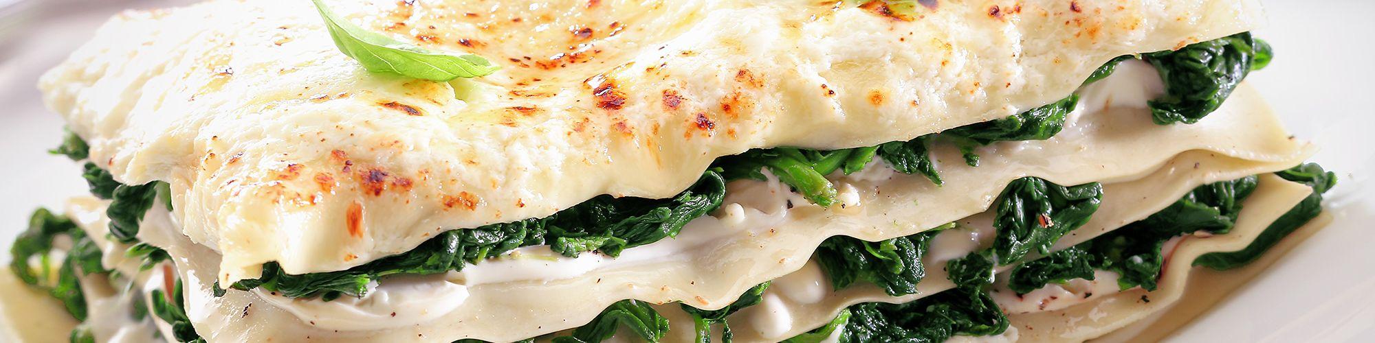ricetta Lasagna bianca con salsiccia e spinaci con pasta fresca