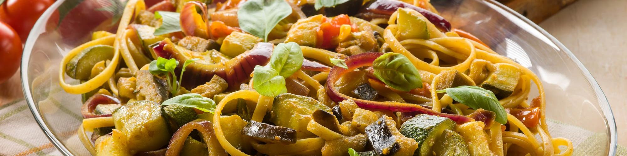 ricetta Tagliolini con zucchine, melanzane e curry con pasta fresca