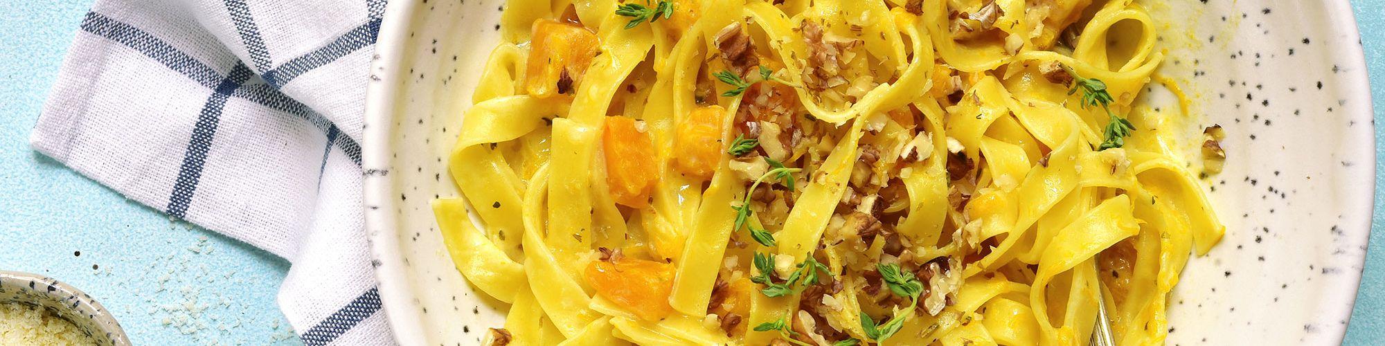 ricetta Tagliatelle con zucca, taleggio e speck con pasta fresca