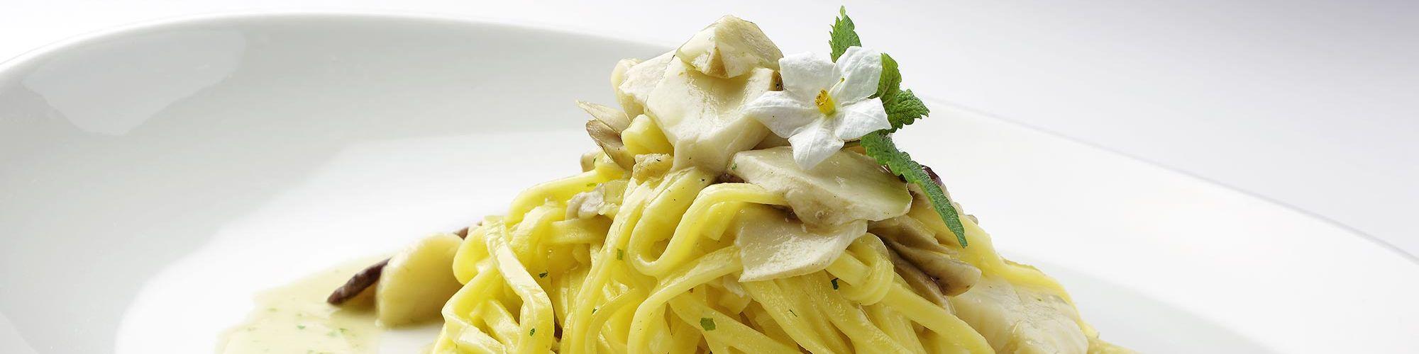 ricetta Tagliolini con capesante e funghi con pasta fresca